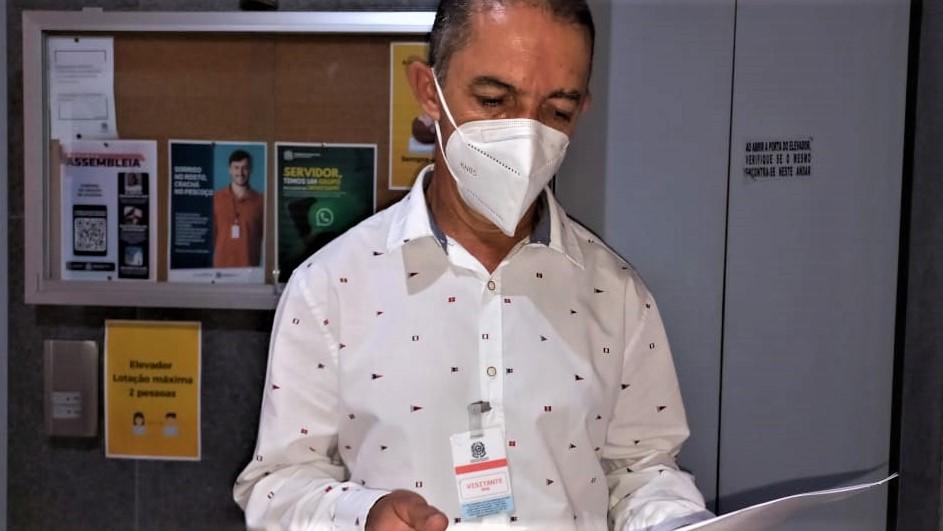 O Capitão Amorim agradece o empenho dos deputados federais sobre a queda da quarentena eleitoral para policiais